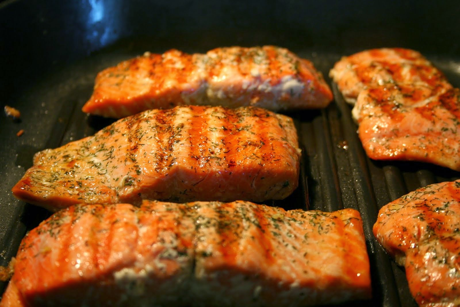 05-16-10-grilled-salmon-green-beans-and-quinoa3.jpg