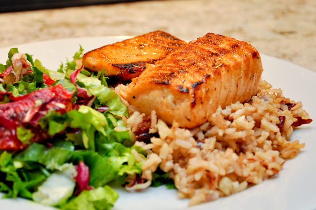 salmon-with-orange-salad-over-brown-rice.jpg