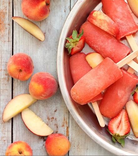 strawberry-peach-vodka-peach-collins.jpg
